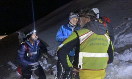 Due imprenditori bresciani precipitano con l'elicottero a Cervinia: un morto e un ferito