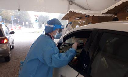Ospedale di Desenzano, installate due tendostrutture