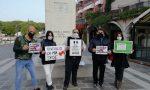 """Sit-in in piazza a Desenzano per dare voce alle """"categorie dimenticate dal Governo"""" FOTO e VIDEO"""