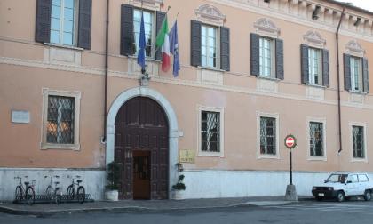 """Manerbio: un libro sull'ex sindaco Cazzaniga, il """"parkinsoniano resiliente"""""""