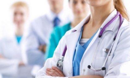 Dal web la denuncia: 3200 euro per fare l'infermiere a Brescia