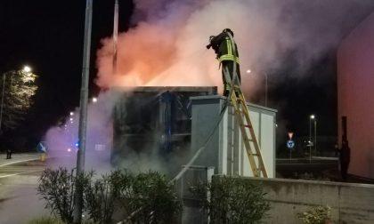Incendio di copertoni: denunciato un noto piromane