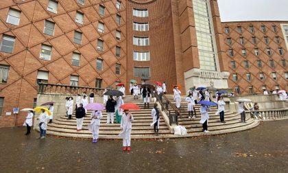 """Coronavirus e operatori sanitari: flash mob di """"Siamo Tutti Ippocrate"""""""