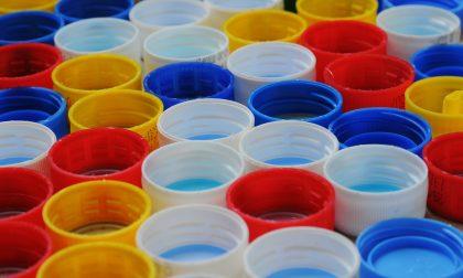 Plastic challenge, la sfida di Cariplo alle plastiche monouso