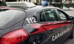 Dopo l'incidente perde le staffe, rapina l'autista e ruba il carroattrezzi