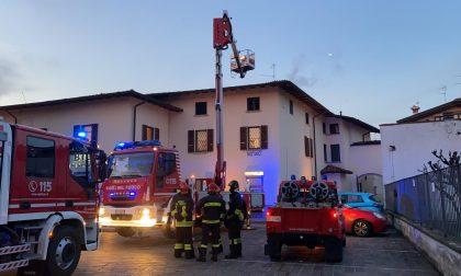 Presunto incendio in via Zeveto: sul posto i Vigili del fuoco