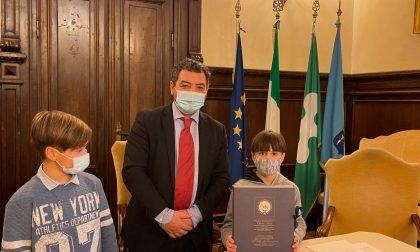 Paladini del civismo e dell'ambiente: la Provincia di Brescia incontra Davide e Jacopo