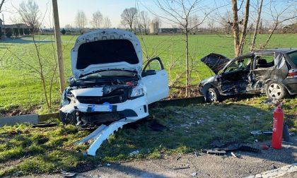 Scontro fra auto a Rudiano, muore un 48enne