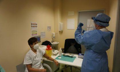 Immunità di massa entro agosto: per raggiungerla a Brescia servono 8944 vaccini anti Covid al giorno