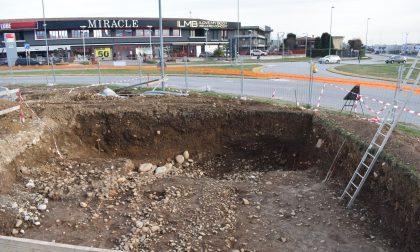 Reperti archeologici sotto l'asfalto a Erbusco e a Brescia