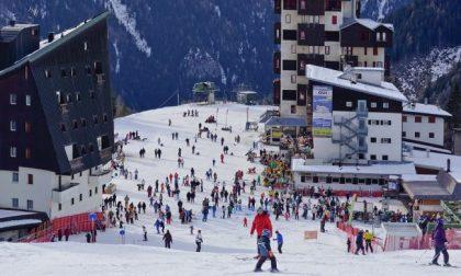 Dal 15 febbraio riaprono le piste da sci con il 30% della capienza