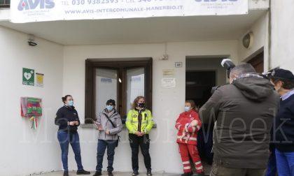 L'Avis dona un defibrillatore alla comunità