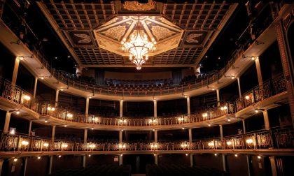 Facciamo luce sul teatro! Manifestazione al Sociale e a Teatro IDRA