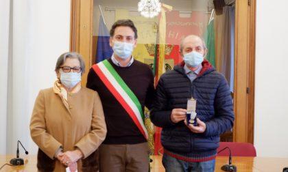 Bresciani internati nei lager nazisti: medaglia d'onore a Carlo Bettoni