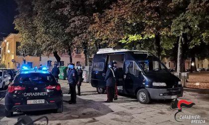 Multati perché non indossavano la mascherina, insultano i carabinieri: due giovani denunciati