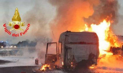 Incendio in autostrada: intervengono i Vigili del fuoco