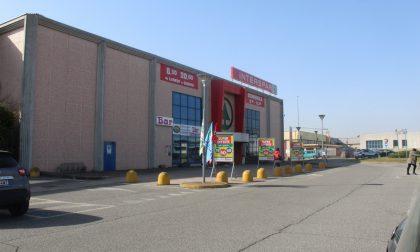 Chiusura provvisoria per cash&carry e quattro supermercati