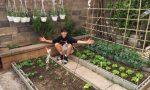Coltivare l'orto come eredità dei due nonni, la storia del giovane Paolo Crotti