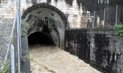 Si apre la galleria Adige-Garda: settimana di acque torbide sul Benaco