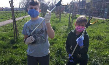 """""""Aiutateci ad aiutare il pianeta"""": l'appello dei piccoli ecologisti Emma e Matteo"""