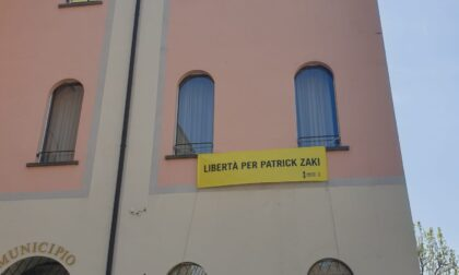 Uno striscione per chiedere la libertà per Patrick Zaki