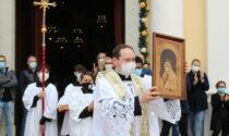 Duomo ha accolto il nuovo parroco don Carlo FOTO