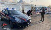 Lanciata una molotov contro il centro vaccinale di Brescia