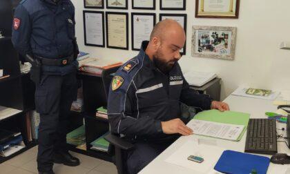 Tunisino denunciato per immigrazione clandestina: l'amico aveva con sé della coca