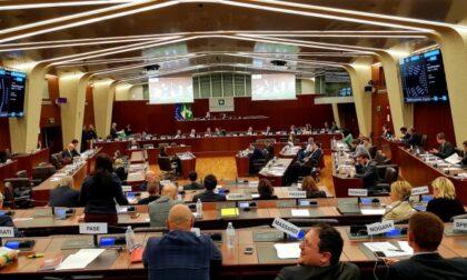 Riaprire palestre, piscine, scuole di danza e imprese: approvata la mozione in Consiglio Regionale