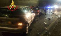 Frontale in galleria a Marone, tre ambulanze impegnate