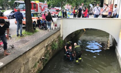Donna caduta nella roggia: pompieri e elicottero in azione