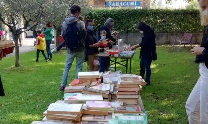 Torna la bancarella dei libri usati e dismessi