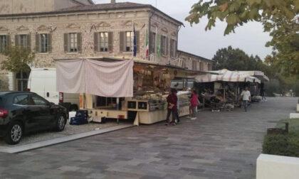 Padenghe, il mercato settimanale torna in via Verdi
