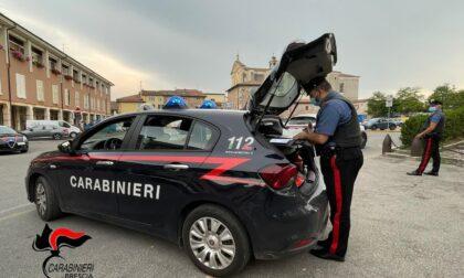 Ubriaco alla guida fugge al controllo, arrestato dopo un inseguimento