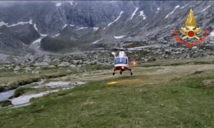 Escursionista si perde, recuperato con l'elicottero dei Vigili del Fuoco