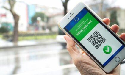 Green pass obbligatorio per accedere a bar e ristoranti? La decisione in settimana