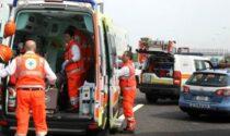 Operaio schiacciato da battipalo contro guardrail mentre lavorava sull'A4
