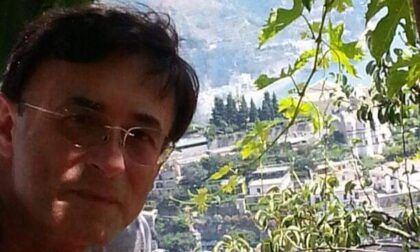 Colto da un malore in acqua, muore il dottor Paolo Brunelli