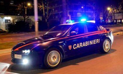 Beccato con l'auto rubata: arrestato dopo un inseguimento
