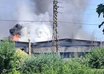 Incendio alla Fpf, azienda che lavora la plastica