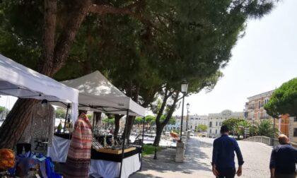 Mercoledì della creatività: espositori in piazza a Desenzano fino all'8 settembre
