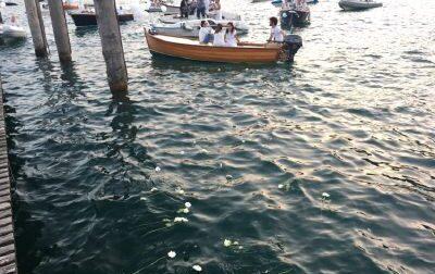 Greta e Umberto, salta il corteo di barche, confermata la Santa Messa