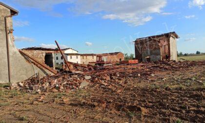 Tromba d'aria nella Bassa, distrutta una cascina a Pontevico