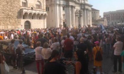 """Il fiume Chiese """"esonda"""" e riempie piazza Duomo"""