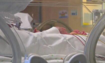 Bambino di soli 10 giorni positivo al Covid, ricoverato in pediatria