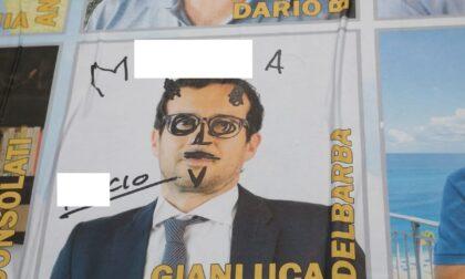 """Insulti omofobi, bufale e manifesti imbrattati: è la campagna elettorale """"infuocata"""" di Cazzago San Martino"""