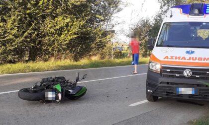 Schianto sulla provinciale tra un'auto una moto: grave un 30enne