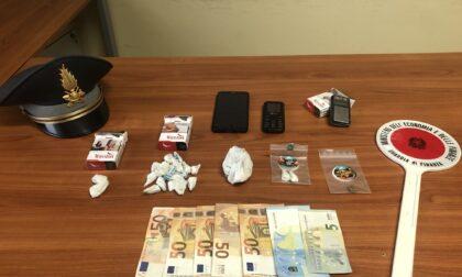 Sul Garda col visto turistico per... spacciare cocaina: arrestato